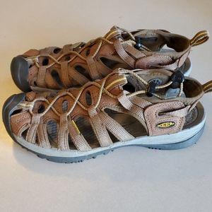 KEEN Woman's WHISPER H2 Sandals size 9